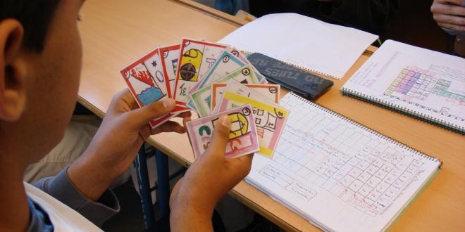 Aprender qumica jugando a cartas el aula de papel oxford aprender qumica jugando a cartas urtaz Choice Image